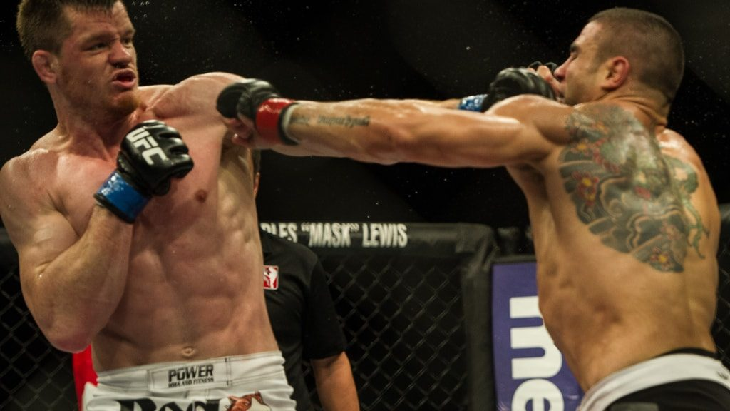 How to Bet on MMA - UFC and MMA Betting Sites